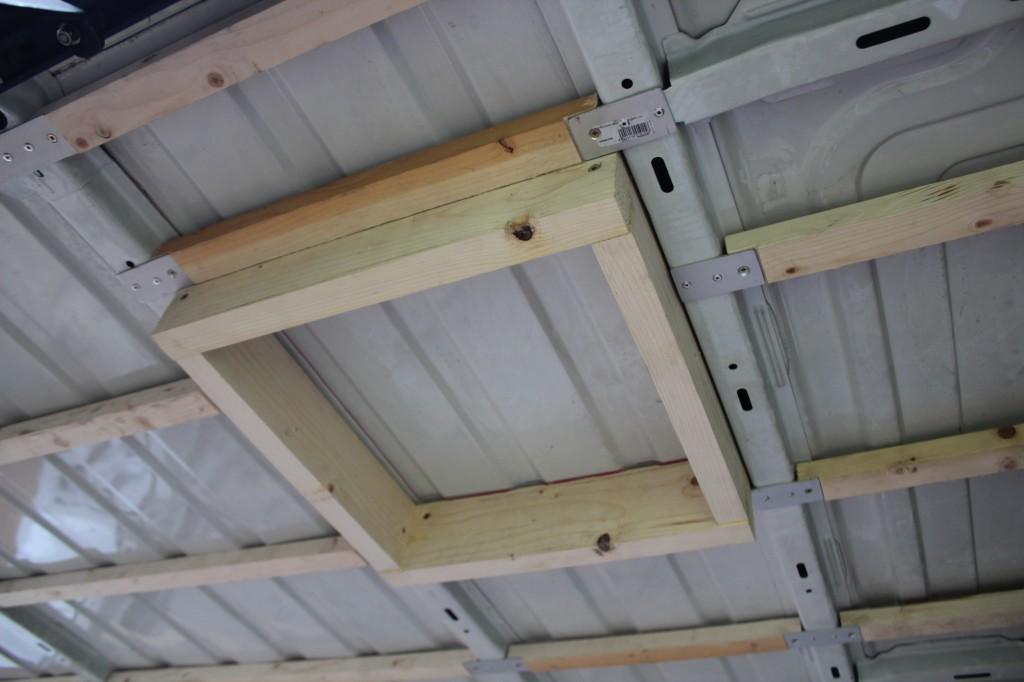 cadre en bois lanterneau