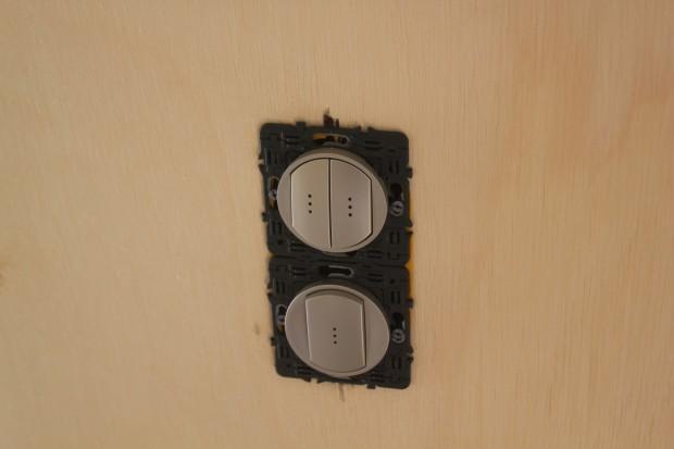interrupteurs fixés