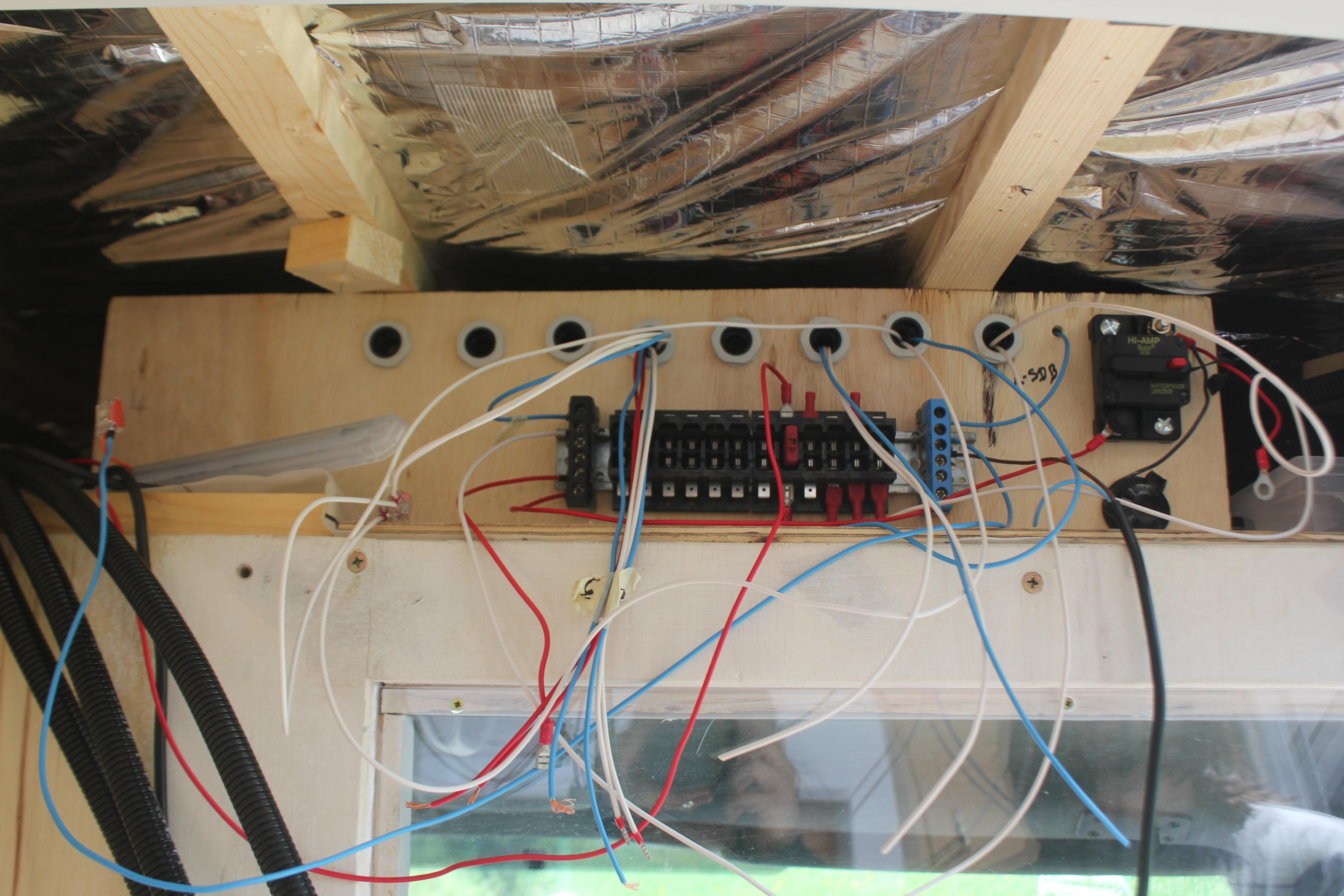 Electricit c t espace de vie poimobile - Faire un tableau electrique ...