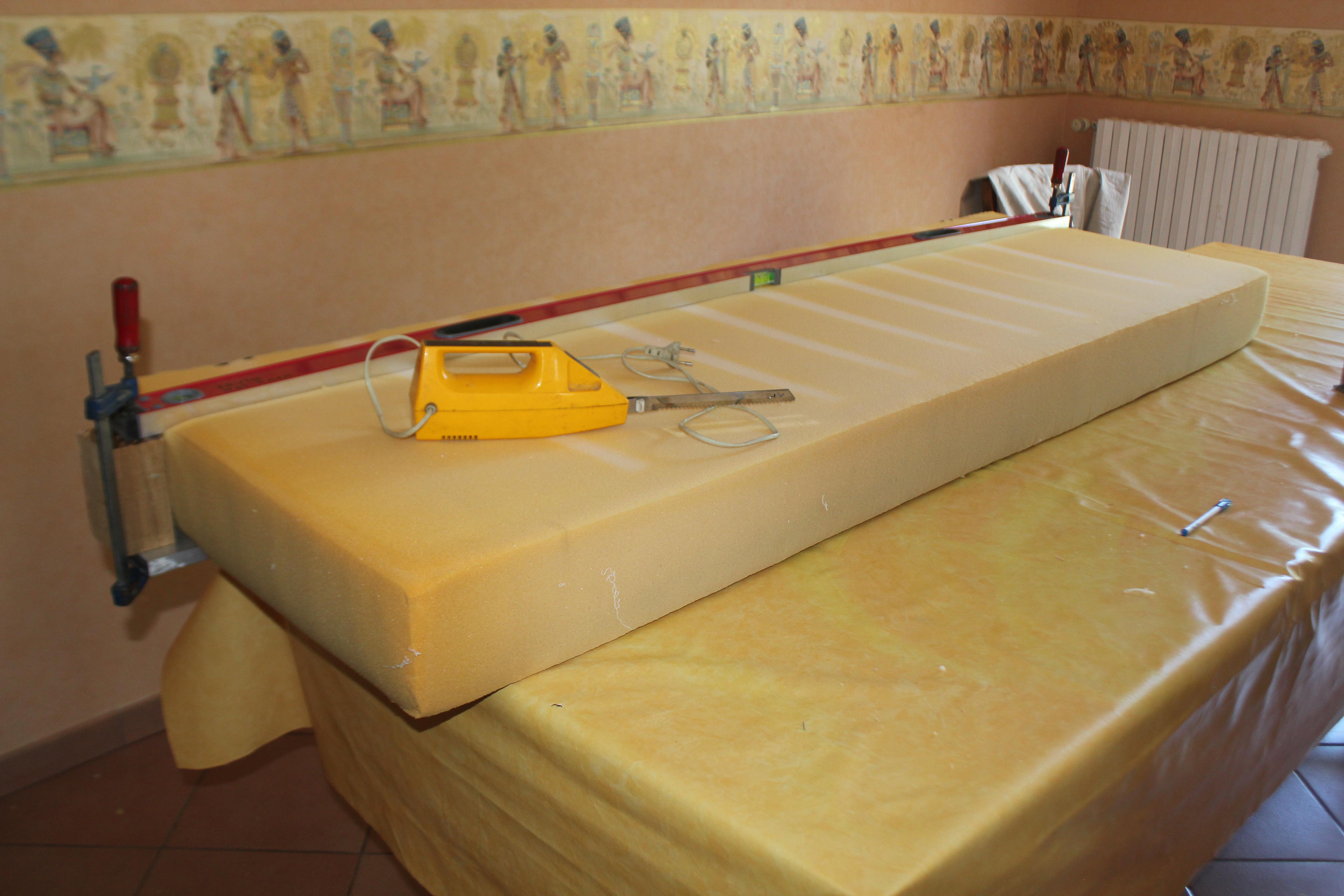 matelas sp cial fourgon poimobile fourgon am nag. Black Bedroom Furniture Sets. Home Design Ideas