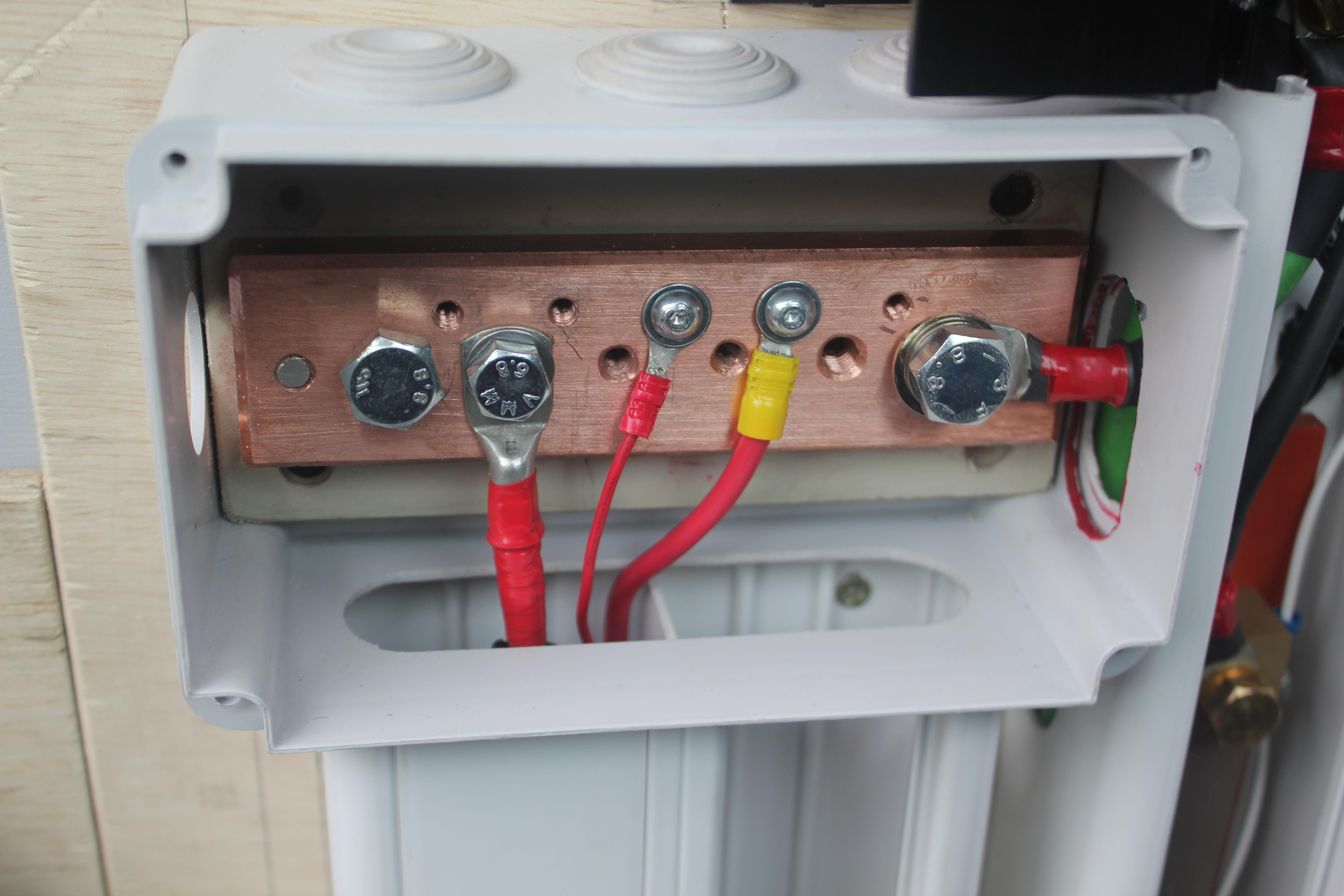 Branchement de l 39 installation lectrique poimobile - Boite de derivation electrique norme ...