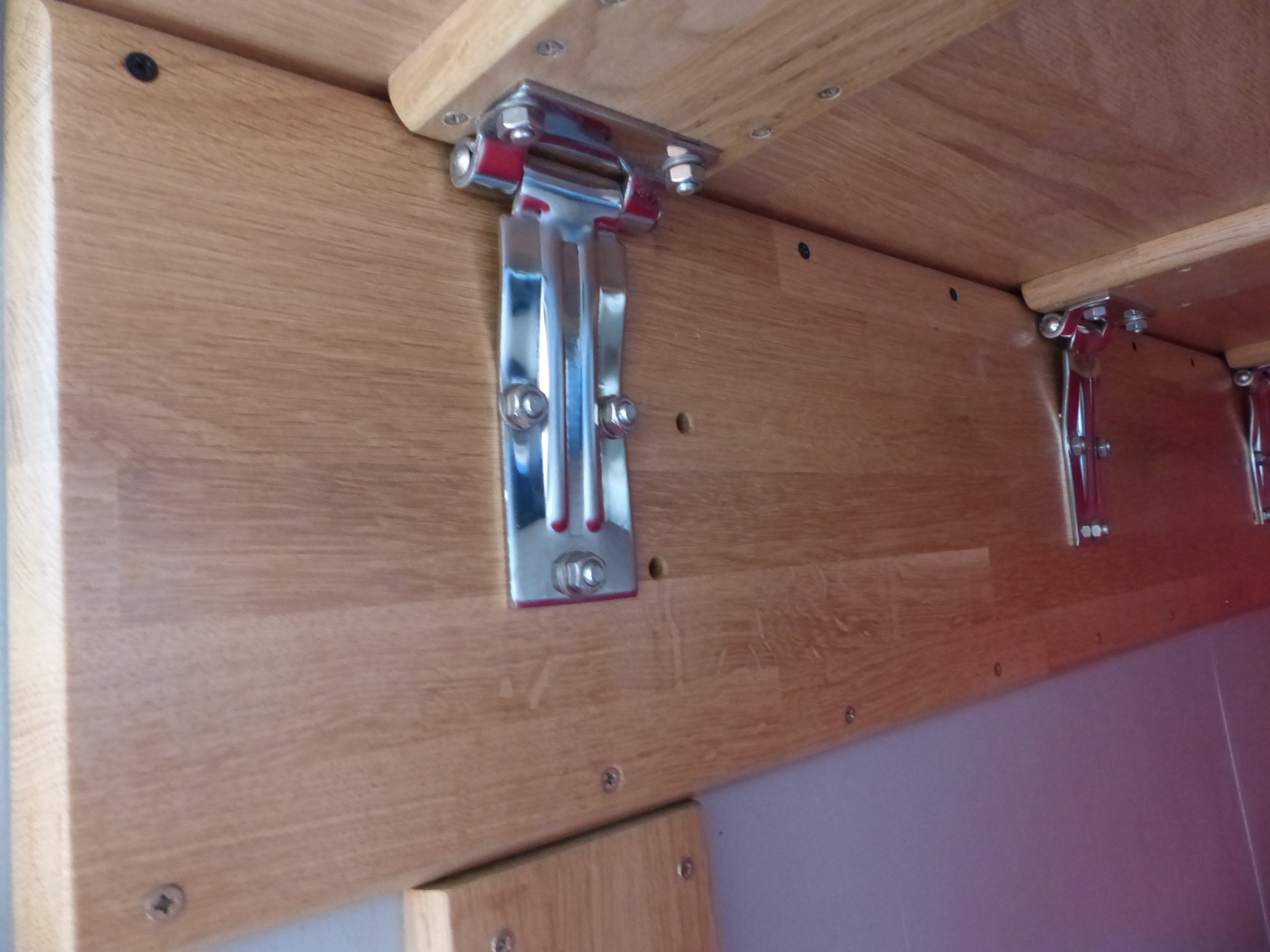 Fabriquer Une Table Escamotable table repliable spéciale fourgon - fourgon et van aménagé