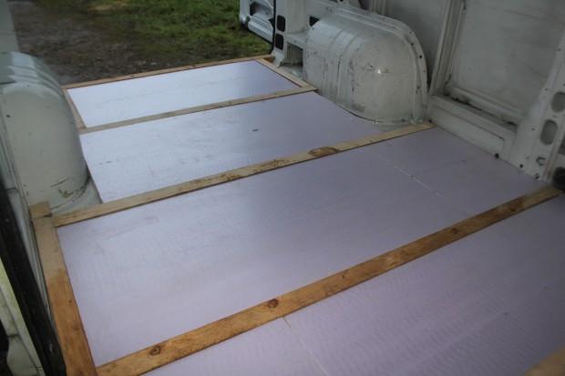 van isolation polystyrène