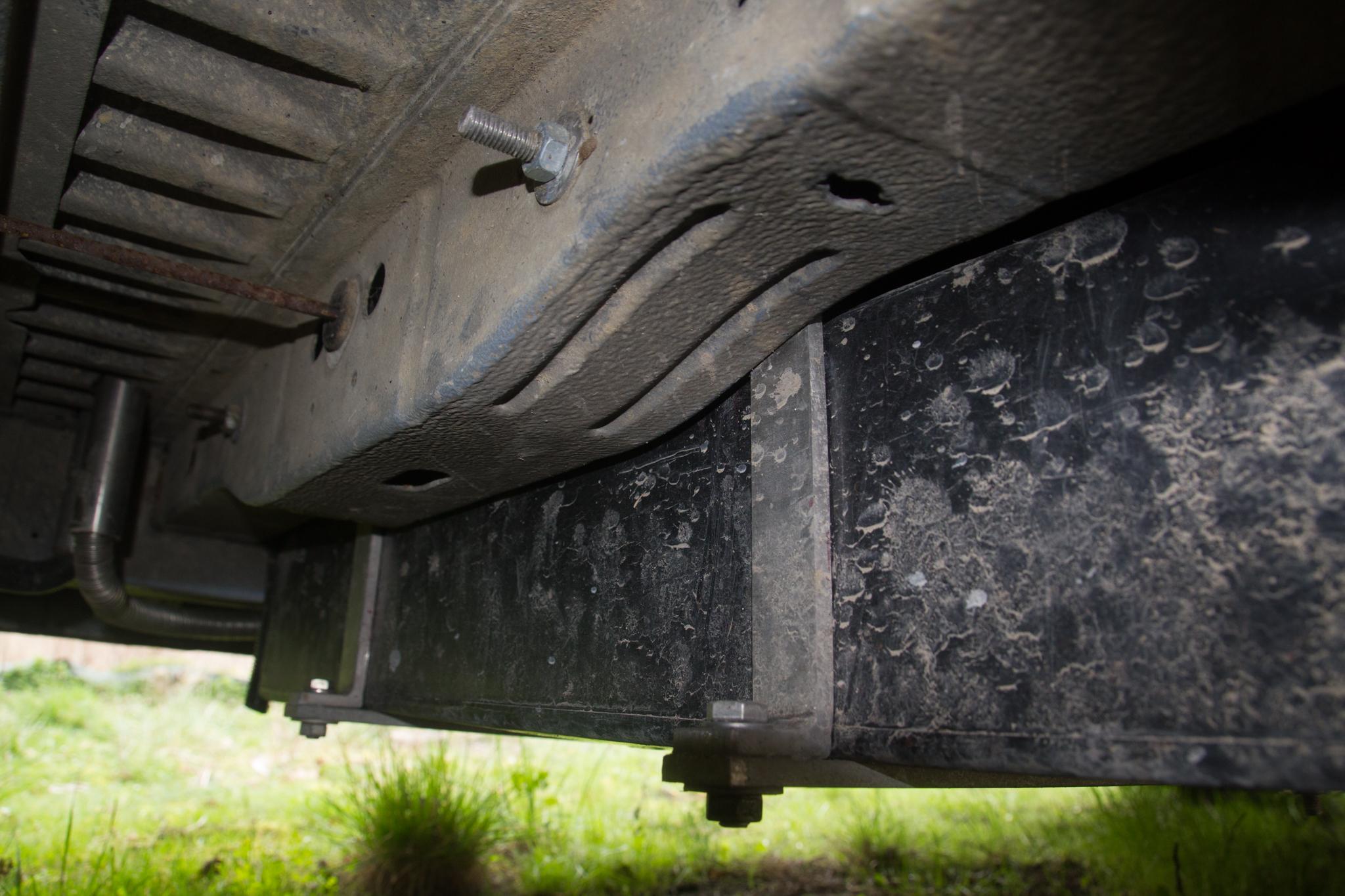 8ad61dee652240 Installation de notre réservoir d eau grise - Poimobile - Fourgon ...