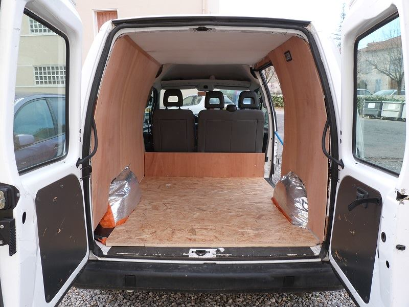 Le fourgon am nag de gabriel poimobile fourgon am nag for Amenagement interieur camping car