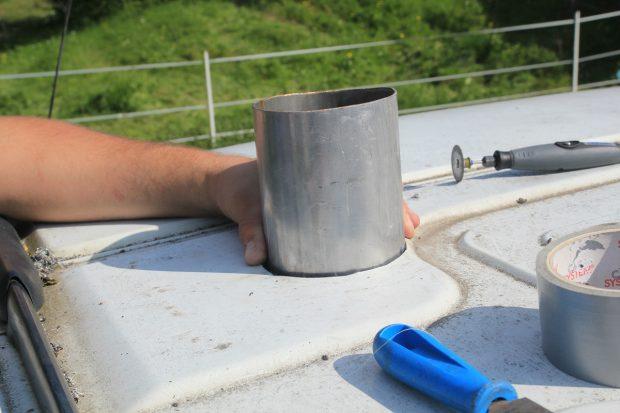 Tube pour la cheminée du chauffe eau