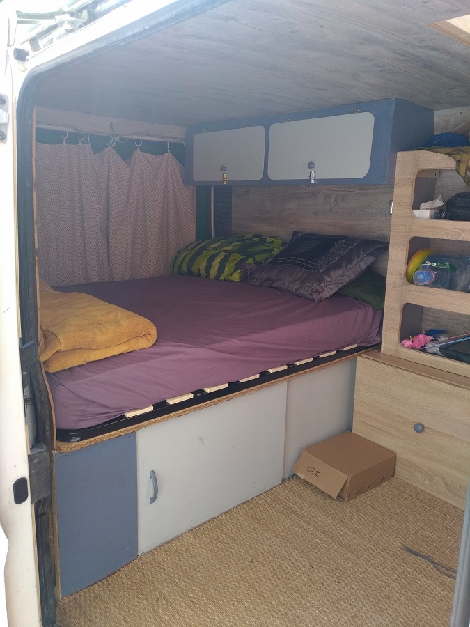 furet steve poimobile fourgon am nag. Black Bedroom Furniture Sets. Home Design Ideas